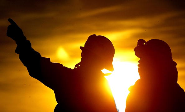 Silhouette「Fire Burns Out Of Control In Los Angeles County」:写真・画像(17)[壁紙.com]
