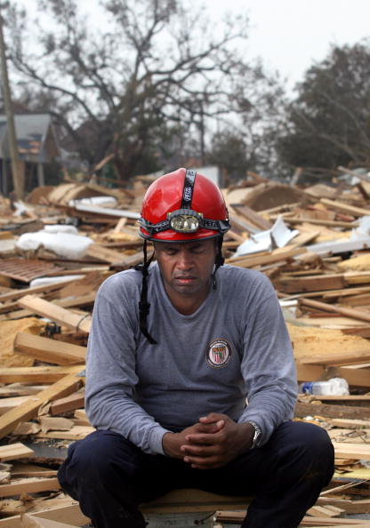 Recovery「Mississippi Continues Recovery Efforts After Hurricane Katrina」:写真・画像(14)[壁紙.com]
