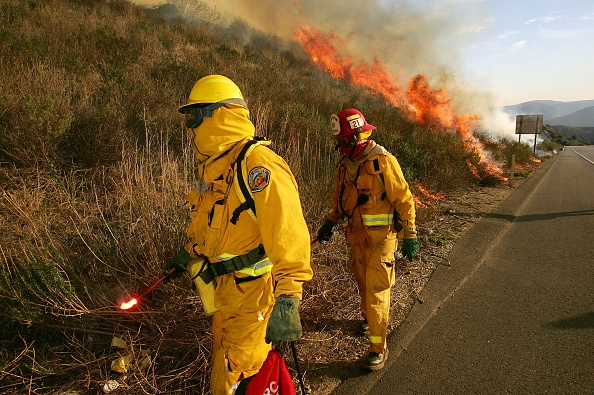 California State Route 1「Wildfire Spreads In Southern California」:写真・画像(11)[壁紙.com]