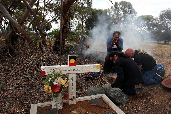 Lisa Lake「Australias Oldest Human Remains Journey Home To Be Buried On Country With Ancestors」:写真・画像(7)[壁紙.com]