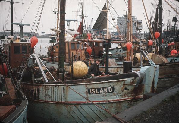 Fisherman「Port In Decline」:写真・画像(8)[壁紙.com]
