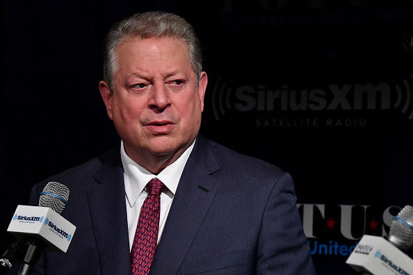 Headshot「Variety's Ted Johnson Hosts A SiriusXM Town Hall With Fmr. Vice President Al Gore And 'An Inconvenient Sequel: Truth To Power' Directors Bonnie Cohen And Jon Shenk」:写真・画像(19)[壁紙.com]