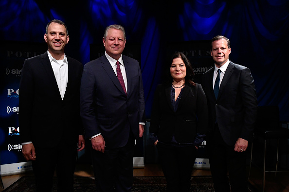 USA「Variety's Ted Johnson Hosts A SiriusXM Town Hall With Fmr. Vice President Al Gore And 'An Inconvenient Sequel: Truth To Power' Directors Bonnie Cohen And Jon Shenk」:写真・画像(1)[壁紙.com]