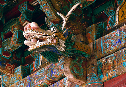 Dragon「Dragon Sculpture on the Main Building of the Naksan Temple」:スマホ壁紙(12)
