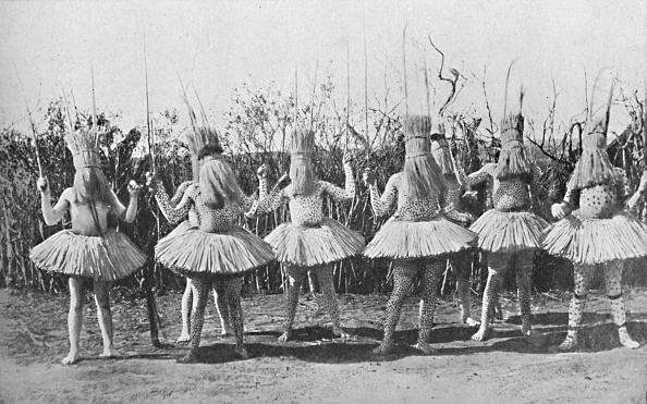 Southern Africa「A Group Of Boys Of The Bomvana Tribe Dressed For A Dance」:写真・画像(7)[壁紙.com]