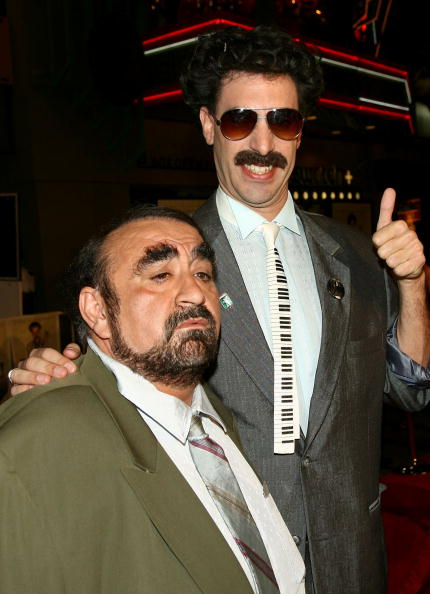 """Movie Theater「Premiere Of """"Borat: Cultural Learnings Of America"""" - Arrivals」:写真・画像(5)[壁紙.com]"""
