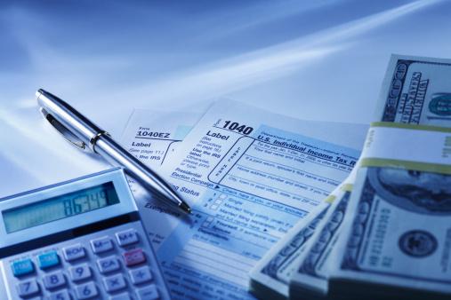 American One Hundred Dollar Bill「Calculator, Tax Returns and Money」:スマホ壁紙(18)