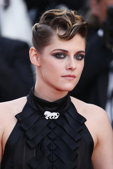 "Kristen Stewart「""Everybody Knows (Todos Lo Saben)"" & Opening Gala Red Carpet Arrivals - The 71st Annual Cannes Film Festival」:写真・画像(10)[壁紙.com]"