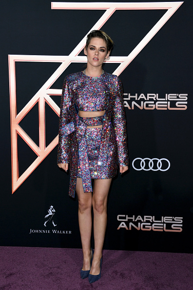 "Multi Colored「Premiere Of Columbia Pictures' ""Charlie's Angels"" - Arrivals」:写真・画像(2)[壁紙.com]"