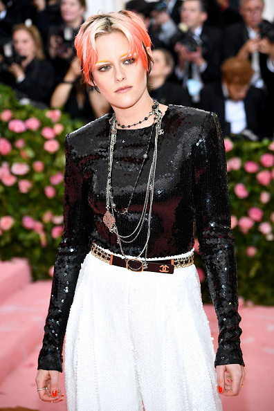 Kristen Stewart「The 2019 Met Gala Celebrating Camp: Notes on Fashion - Arrivals」:写真・画像(7)[壁紙.com]