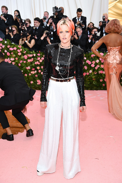 Kristen Stewart「The 2019 Met Gala Celebrating Camp: Notes on Fashion - Arrivals」:写真・画像(9)[壁紙.com]