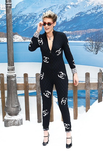 Jumpsuit「Chanel : Photocall- Paris Fashion Week Womenswear Fall/Winter 2019/2020」:写真・画像(16)[壁紙.com]
