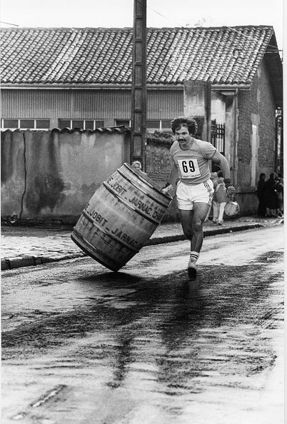 Nouvelle-Aquitaine「Barrels Game」:写真・画像(2)[壁紙.com]