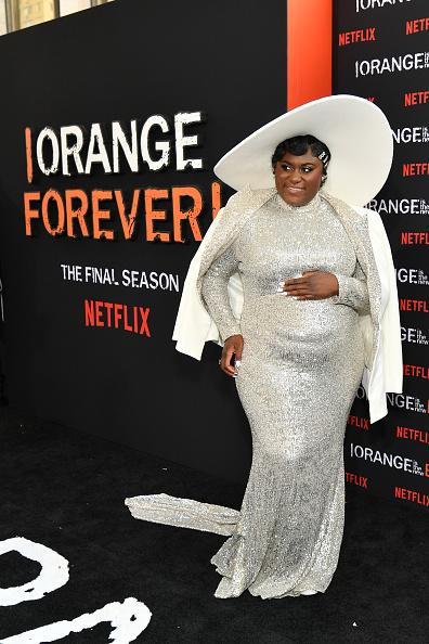 """Embellished Jacket「Netflix's """"Orange is the New Black"""" Season 7 Premiere」:写真・画像(13)[壁紙.com]"""