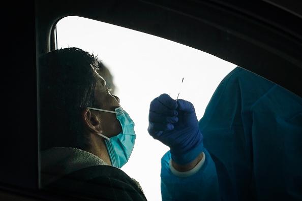 Drive Through「New Drive-Thru Coronavirus Testing Site Opens At George Washington University」:写真・画像(13)[壁紙.com]