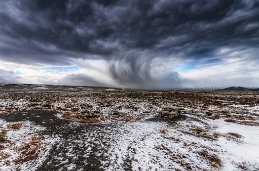 吹雪「Iceland, Bench, snow storm, Picnic place with benches」:スマホ壁紙(5)