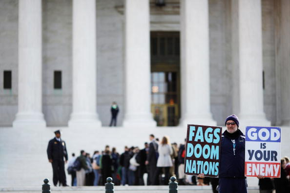 WBC「Supreme Court Hears First Amendment Case On Protests At Military Funerals」:写真・画像(12)[壁紙.com]