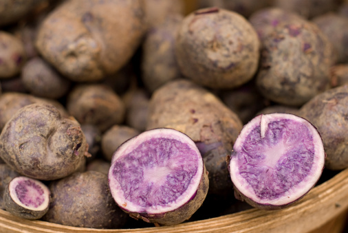 Peruvian Potato「Basket of Purple Potatoes With One Cut Open」:スマホ壁紙(12)