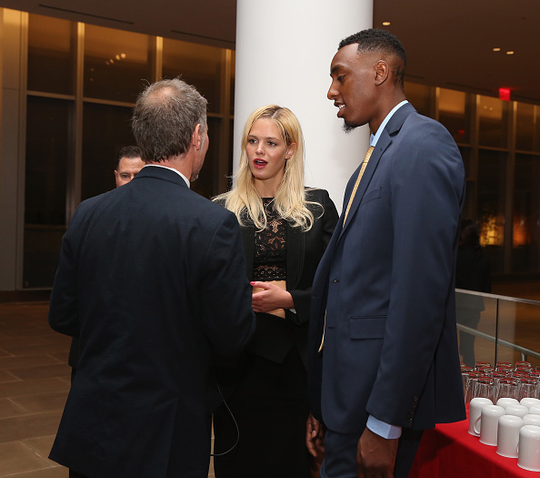 Erin Heatherton「Up2Us Sports And Celebs Honor Mo'ne Davis And Her Coach, To Celebrate 5 Years Of Change Through Sports」:写真・画像(11)[壁紙.com]