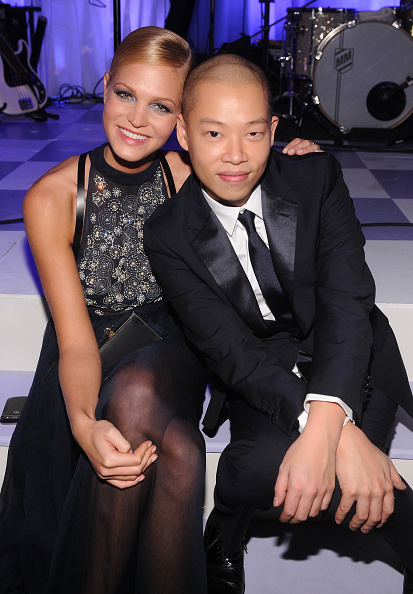 エリン・ヘザートン「Bergdorf Goodman Celebrates its 111th Anniversary at the Plaza in New York City - Inside」:写真・画像(4)[壁紙.com]