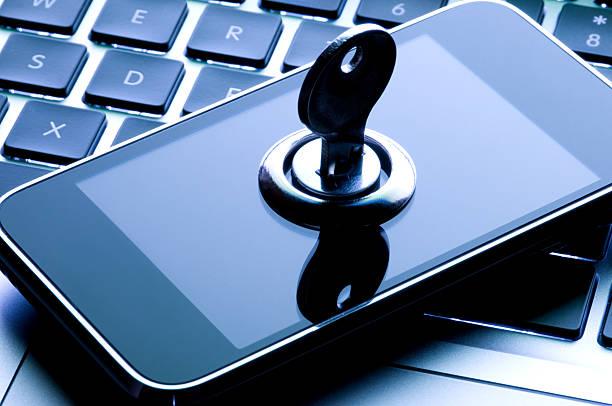 Mobile Phone Security Key Concept:スマホ壁紙(壁紙.com)