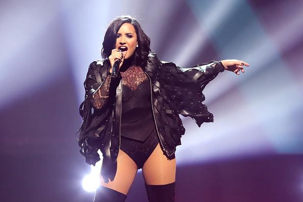 Performance「Demi Lovato & Nick Jonas In Concert - Boston, Massachusetts」:写真・画像(9)[壁紙.com]