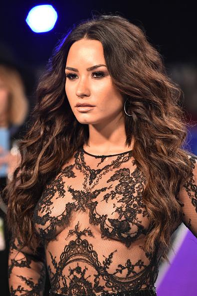 Demi Lovato「2017 MTV Video Music Awards - Arrivals」:写真・画像(18)[壁紙.com]