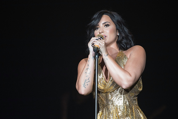 Demi Lovato「BeautyKind Unites: Concert for Causes」:写真・画像(10)[壁紙.com]