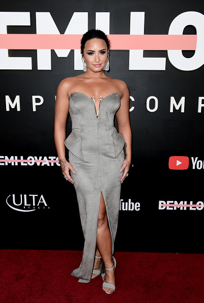 Demi Lovato「Premiere Of YouTube's 'Demi Lovato: Simply Complicated' - Arrivals」:写真・画像(14)[壁紙.com]