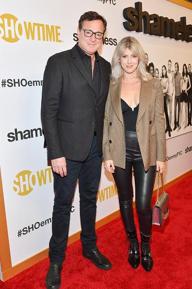 シルバーのハンドバッグ「EMMY For Your Consideration Event For Showtime's 'Shameless' - Red Carpet」:写真・画像(17)[壁紙.com]