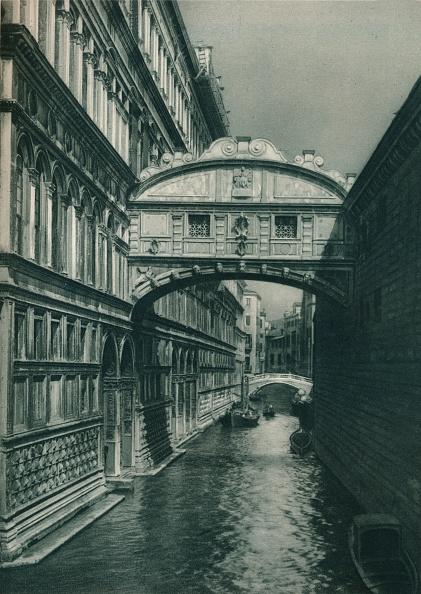 Bridge - Built Structure「Bridge of Sighs, Venice, Italy」:写真・画像(3)[壁紙.com]