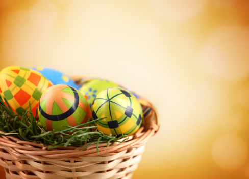 Easter Basket「Easter eggs in a basket.」:スマホ壁紙(4)