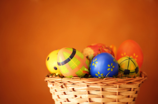 Easter Basket「Easter eggs in a basket.」:スマホ壁紙(3)