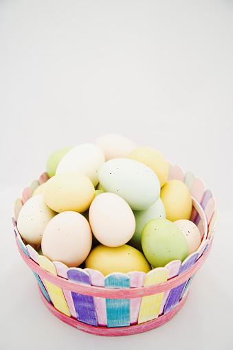 Easter Basket「Easter Eggs in Basket」:スマホ壁紙(4)