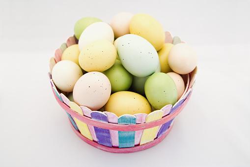 Easter Basket「Easter Eggs in Basket」:スマホ壁紙(7)