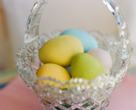Easter Basket「Easter eggs in crystal basket」:スマホ壁紙(18)