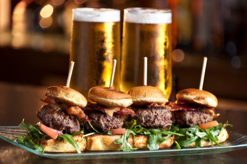 Pub Food「Mini Burgers and Beer」:スマホ壁紙(13)