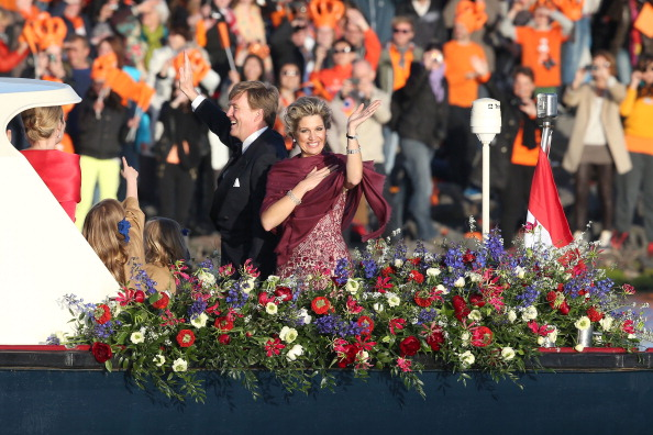 North Holland「Inauguration Of King Willem Alexander As Queen Beatrix Of The Netherlands Abdicates」:写真・画像(2)[壁紙.com]