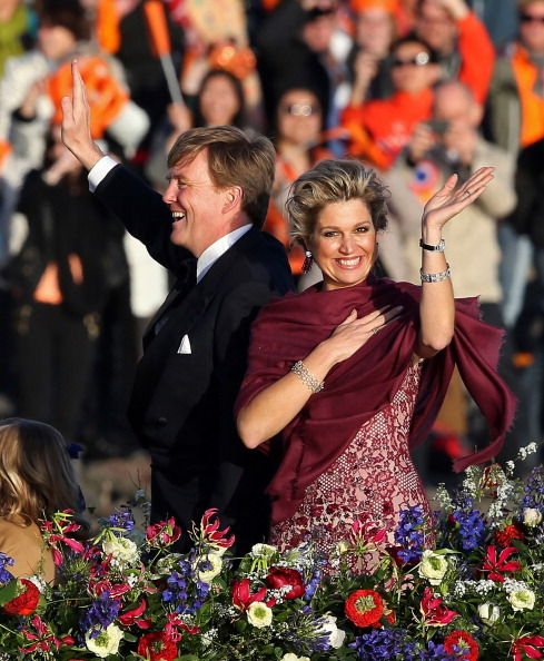 North Holland「Inauguration Of King Willem Alexander As Queen Beatrix Of The Netherlands Abdicates」:写真・画像(5)[壁紙.com]