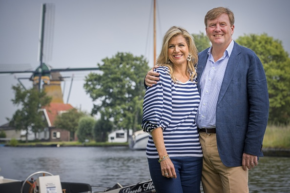 Queen Máxima「Dutch Royal Family Summer Photo Call」:写真・画像(18)[壁紙.com]