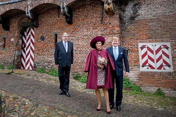 Utrecht「King Willem-Alexander and Queen Maxima of The Netherlands Visit The Eemland」:写真・画像(15)[壁紙.com]