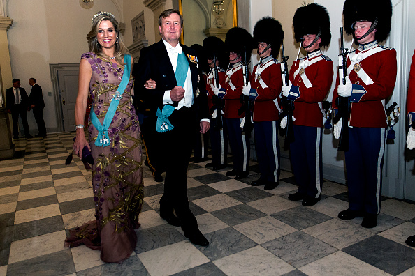 Queen Máxima「Crown Prince Frederik of Denmark Holds Gala Banquet At Christiansborg Palace」:写真・画像(13)[壁紙.com]