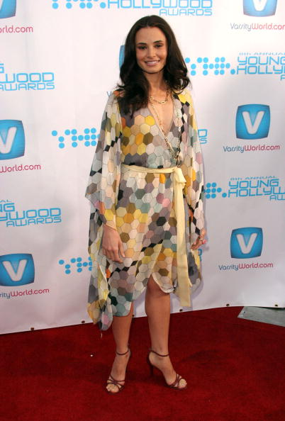 Graphic Print「Movieline's Hollywood Life 8th Annual Young Hollywood Awards - Arrivals」:写真・画像(18)[壁紙.com]