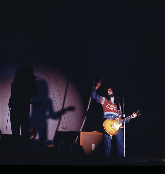 ウェンブリーアリーナ「Led Zeppelin」:写真・画像(9)[壁紙.com]