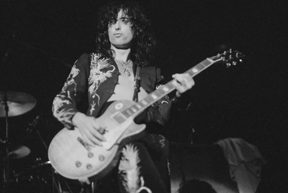 ジミー・ペイジ「Led Zeppelin At Earl's Court」:写真・画像(5)[壁紙.com]