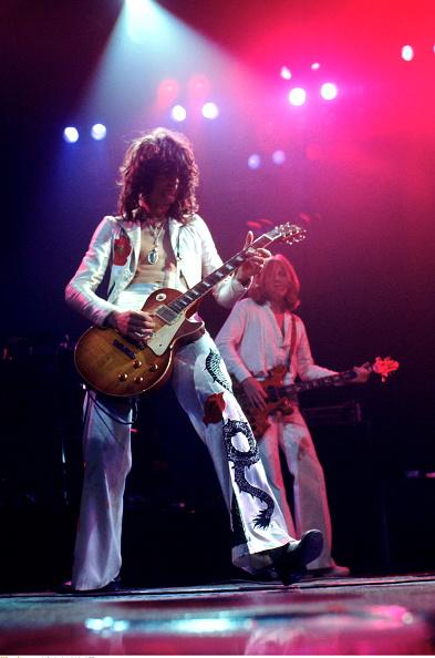 ギブソン・レスポール「Led Zeppelin On Stage」:写真・画像(8)[壁紙.com]