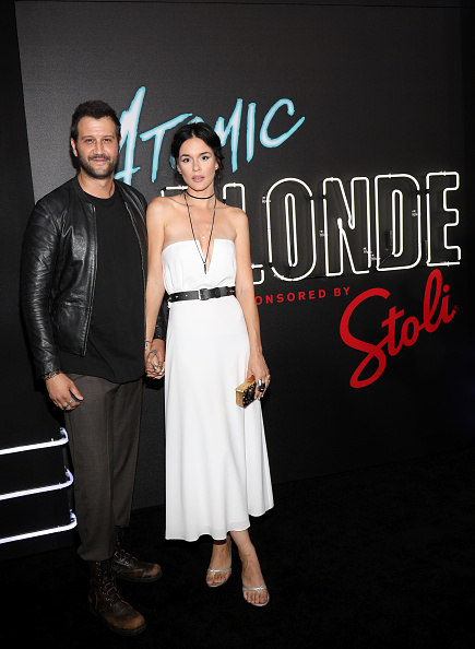 "Gold Purse「Stoli Vodka And Universal Studios Host Premiere Of ""Atomic Blonde"", Starring Oscar Award-Winning Actress Charlize Theron」:写真・画像(2)[壁紙.com]"