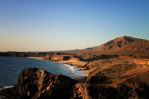 Peninsula「Deserted Playa Papagayo in Lanzarote at sunset」:スマホ壁紙(6)