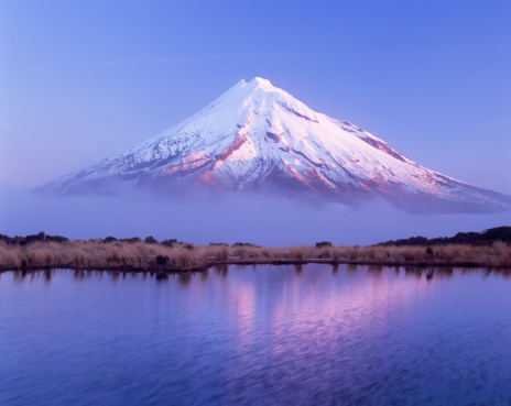 Active Volcano「Mount Egmont or Taranaki」:スマホ壁紙(8)