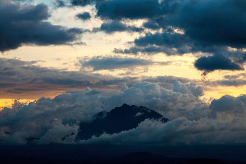コンゴ民主共和国「Virunga Volcanoes, Uganda, Rwanda and DRC」:スマホ壁紙(10)